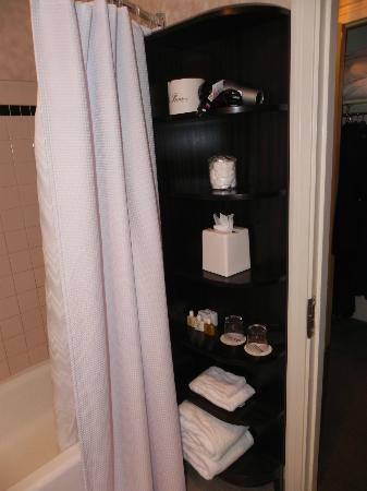 Benson Hotel: Bathroom