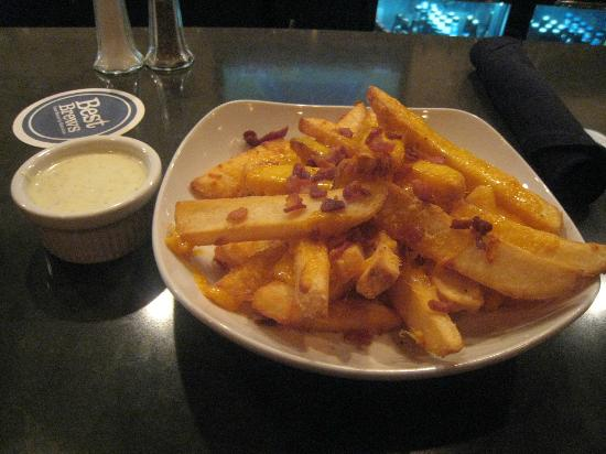 Four Points by Sheraton Asheville Downtown: bacon fries, 9 p.m., hotel bar, Four Points