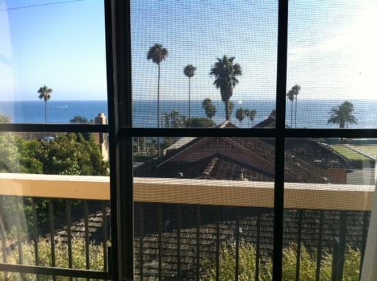 Laguna Cliffs Inn: View as I read inside and feel the ocean breeze through the open windows.