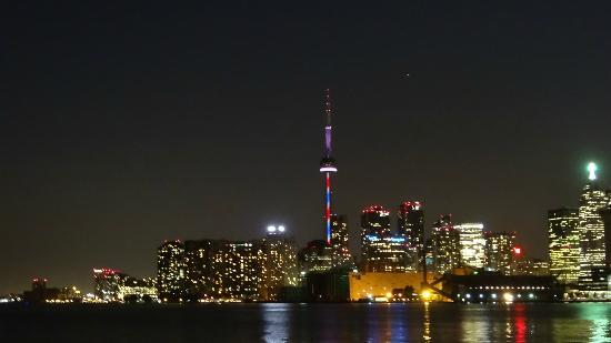Night View Of Cn Tower Picture Of Cn Tower Toronto