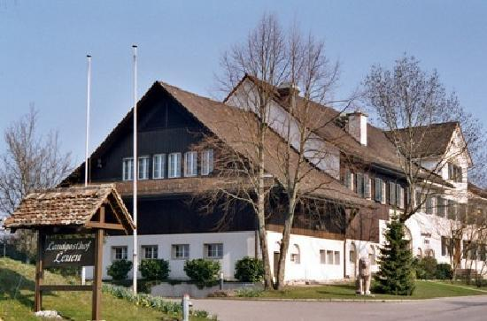 Photo of Hotel Landgasthof Leuen Uitikon