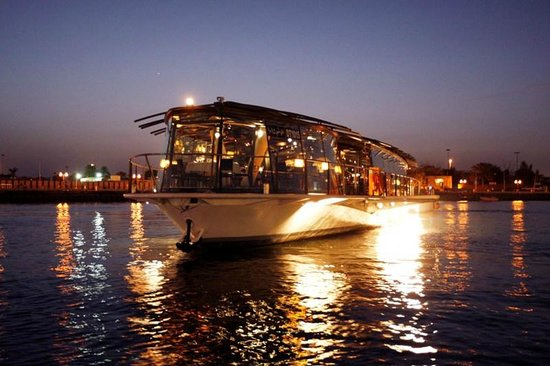 Bateaux Dubai Dubai Restaurant Reviews Phone Number Photos Tripadvisor