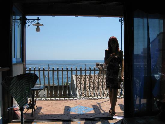 ‪‪Casa Vacanza Donna Carmela‬: View of the sea from the roof terrace