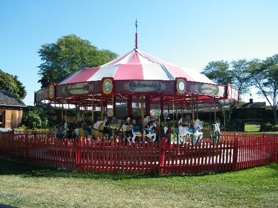 Shelburne, VT: 1930&#39;s Vintage Carousel