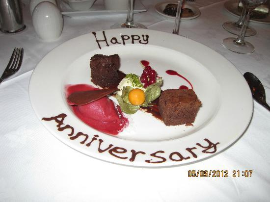Mulranny Park Hotel: Staff attention to our Aniversary