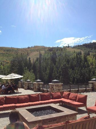 The St. Regis Deer Valley: view from outside