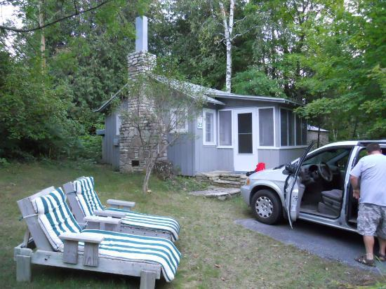 Little Sister Resort: Cottage #23
