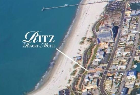 Ritz Resort Motel: Located on a nice wide sandy beach & the Gulf of Mexico.