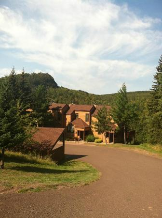 ‪‪Caribou Highlands Lodge‬: Poplar Seclusion - Worth the Walk!