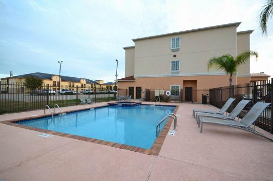 BEST WESTERN Abbeville Inn & Suites: Swimming Pool