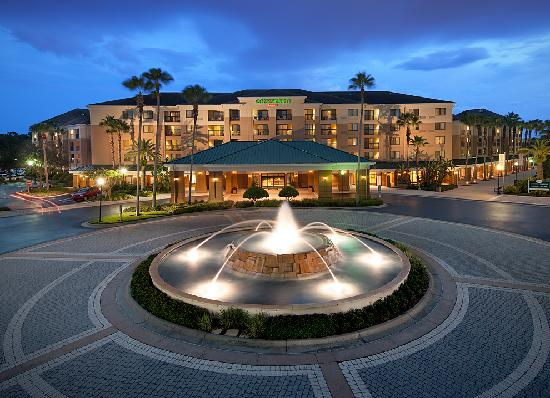 Courtyard Orlando Lake Buena Vista in the Marriott Village : Exterior