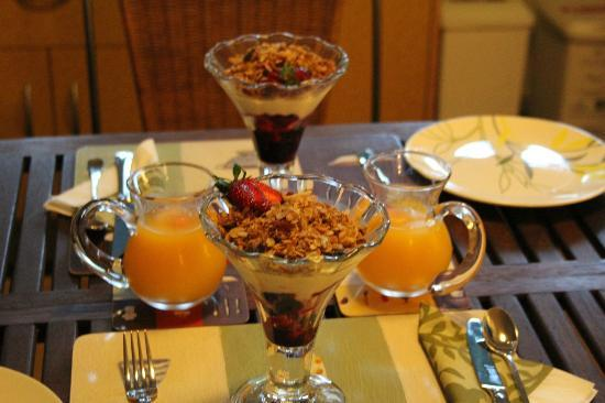 The Garden Gate: Fruit, museli and yoghurt - breakfast 1st course