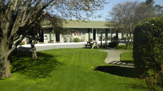 Rangiora Lodge Motel: View from the Office