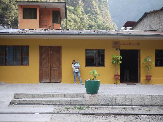 Hostal Machu Pichu: good location