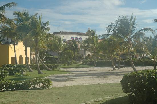 Sanctuary Cap Cana: Hotel & grounds