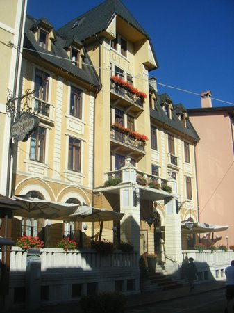 Hotel Croce Bianca