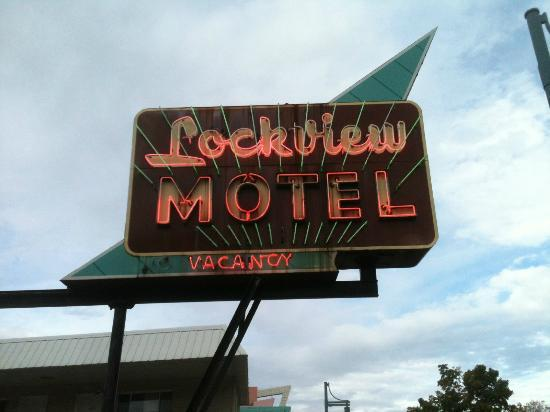 Askwith Lockview Motel