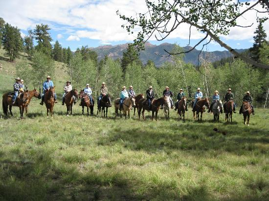 Tarryall River Ranch: A typical day at the ranch!