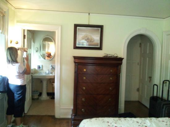 Stony Point Bed &amp; Breakfast: Bedroom on the second floor