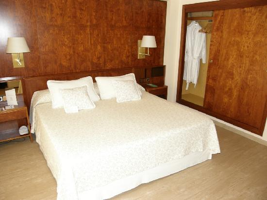 Royal Plaza Hotel: Habitacin