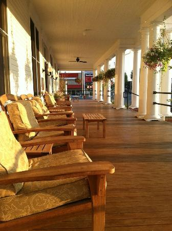 Sacajawea Hotel: The massive front porch lights up with the evening sun.