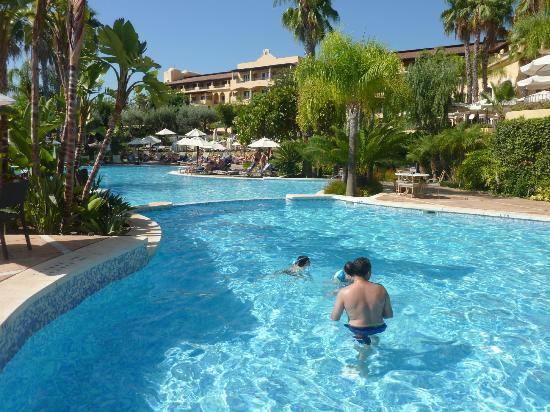 Melia La Quinta Golf & Spa Resort: Small Pool and Main Pool