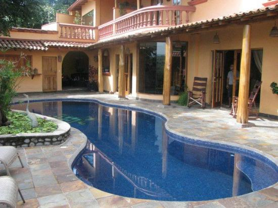 Casa Rainbow Canyon : Incredible pool area with an amazing view of the canyon