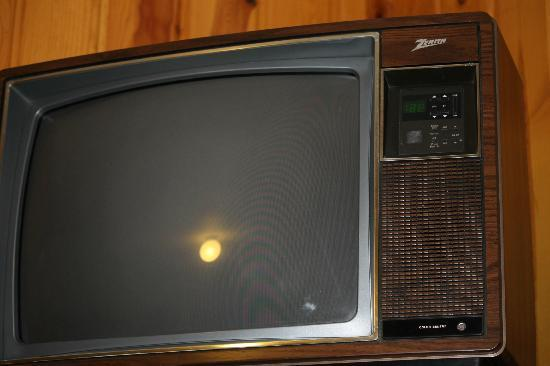 Alpine Lodge: DATED TVS