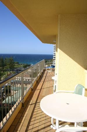 Columbia Apartments on Rainbow Bay: Picture of verandah - 13th Floor.