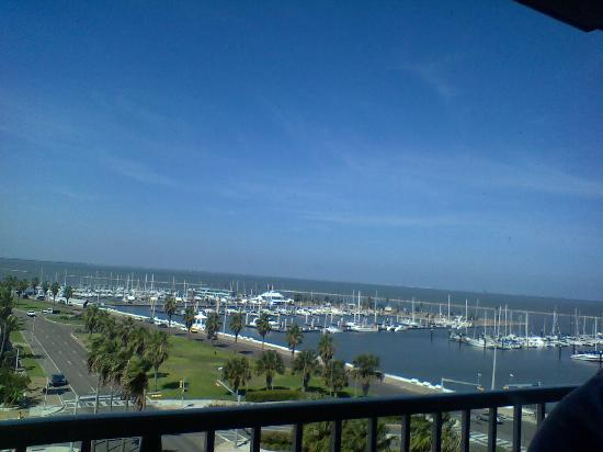 BEST WESTERN Marina Grand Hotel: View from room 720