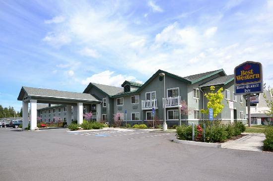 BEST WESTERN Rose Quartz Inn: Exterior View