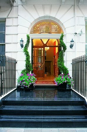 Photo of St George Hotel London