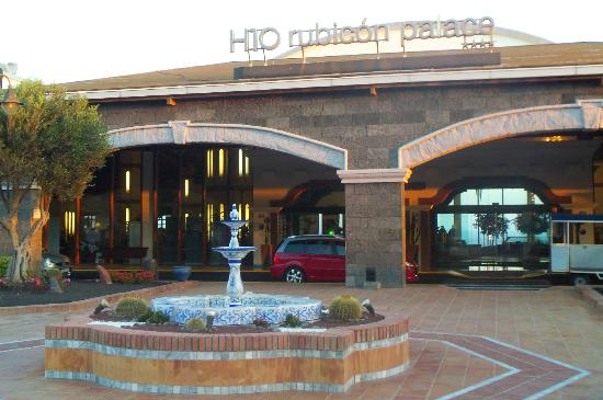 H10 Rubicon Palace Photo: Front of Hotel