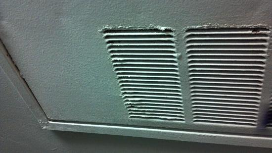 BEST WESTERN Plus Rockville Hotel & Suites: Old weather ventilation cover