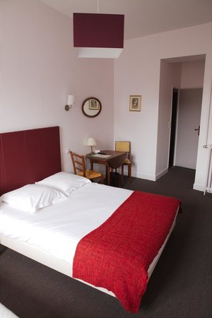 Photo of Hotel Mirabeau Tours