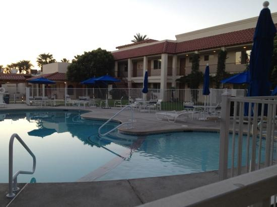 Sands of Indian Wells: nice pool area
