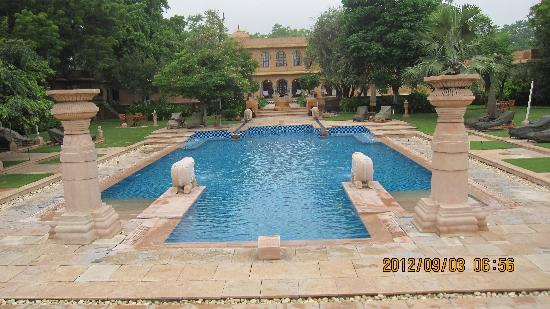 The Oberoi Rajvilas: プール