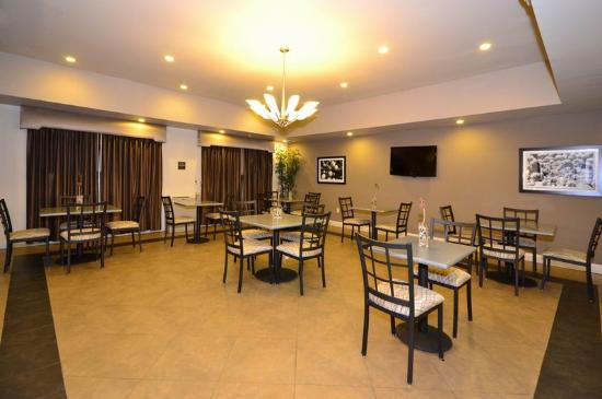 BEST WESTERN Abbeville Inn & Suites: Breakfast Area