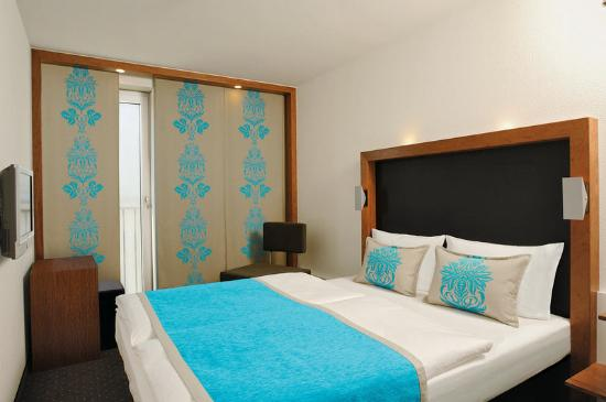 Motel One Nuernberg-City: Accommodation