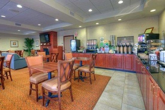 Country Inn & Suites Lexington Park