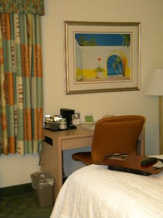 Hampton Inn Miami-Coconut Grove/Coral Gables: bedroom