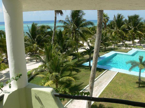 Hotel Akumal Caribe: View from Beach Front
