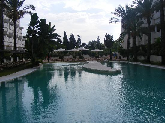NH Alanda: Lovely Pool Area