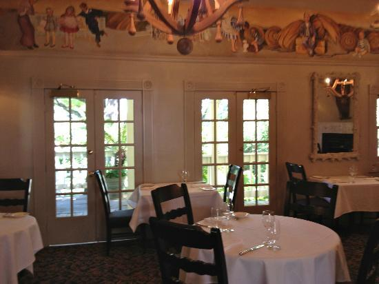 Farmhouse Inn & Restaurant: Restaurant