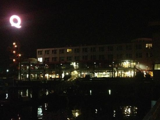 Lonsdale Quay Hotel: View of the hotel from Pier 7