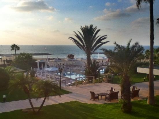 Dan Accadia Hotel Herzliya: view from Dan Accadia chalet terrace room