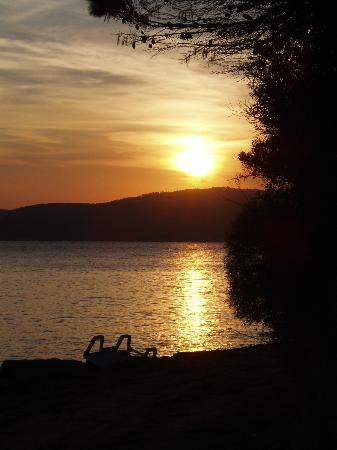 Filokalia Apartments: Sunset at Agia Eleni