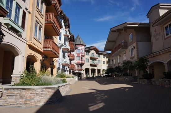 Sun Peaks Lodge: SunPeaks Village