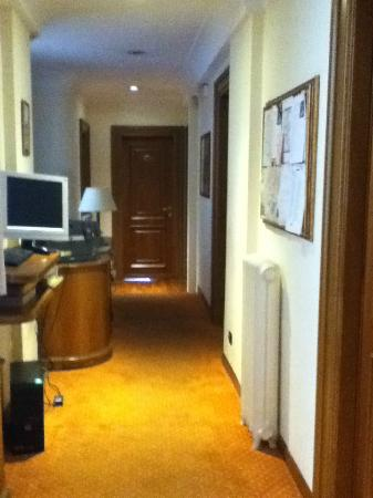 B&amp;B Suite Beccaria: Hallway