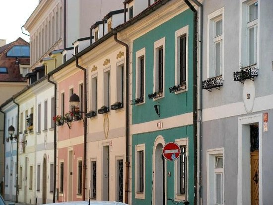 Baroque terraced houses ceske budejovice czech republic for What is terrace house